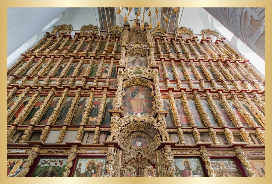 Успенский собор Рязанского кремля. самый высокий в России семиярусный иконостас.